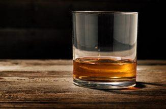 whiskey-tasting-1-700x461 (1)